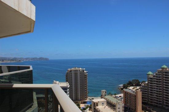 Aparthotel Esmeralda Suites: Vista desde el balcón