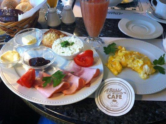 A Blikle : Польский завтрак