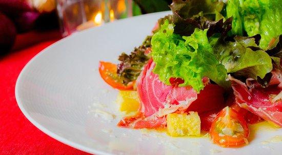 Casa Espana : Ensalada Valenciana - Valencian Salad