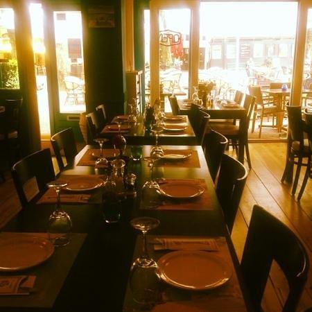 Santorini Greek Taverna: our restaurant
