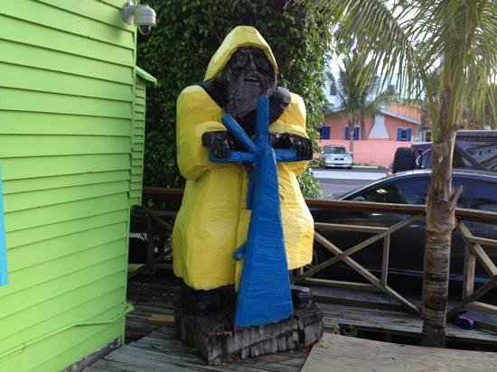 Old Key Lime House : old man of the sea guards entrance