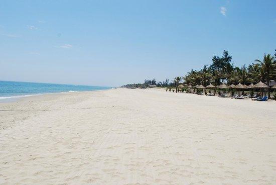 Palm Garden Beach Resort & Spa: Hotel Beach