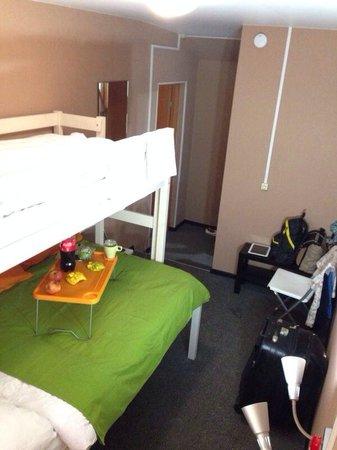 Hotel Mini on Tishinskiy : Очень уютный #5! ) постельное белье очень мягкое и комфортное! Самое то с дороги )