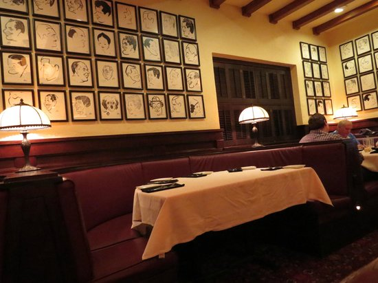 Hollywood Brown Derby : Great decor