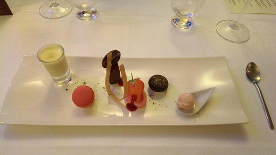 the Harrow at little bedwyn: Sweet heaven on a plate