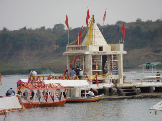 Jabalpur, India: The Narmada