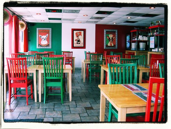 Chihuahua Mexican Grill: Dining room from best table in the house
