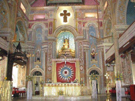 Santa Cruz Basilica : l'intérieur