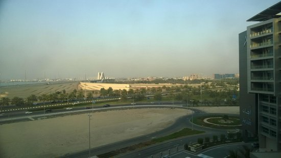 Park Rotana Abu Dhabi : View - nothing much around you