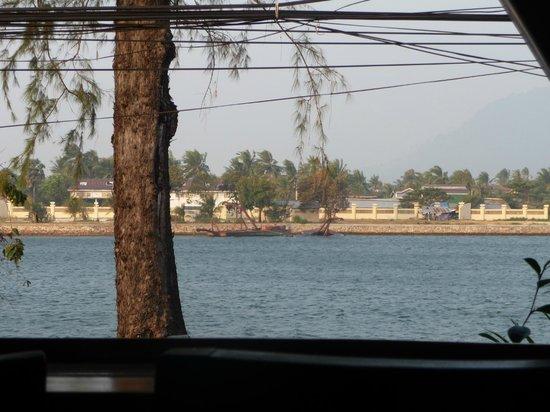 Rikitikitavi: View of river from hotel