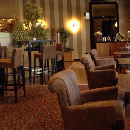 Hotel Leopardi: Lobby bar