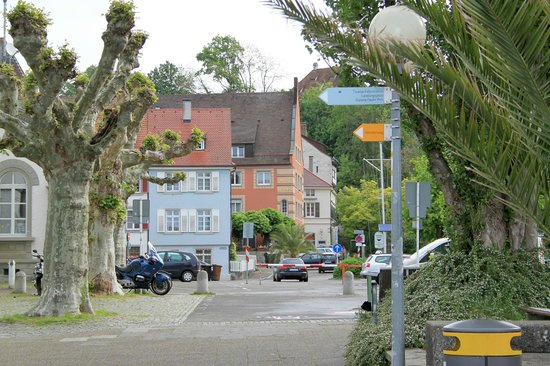 Hotel Ochsen: Hotel from the Lake side