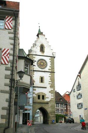 Hotel Ochsen: Old tower in Uberlingen