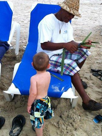 Windjammer Landing Villa Beach Resort: this man made straw hats