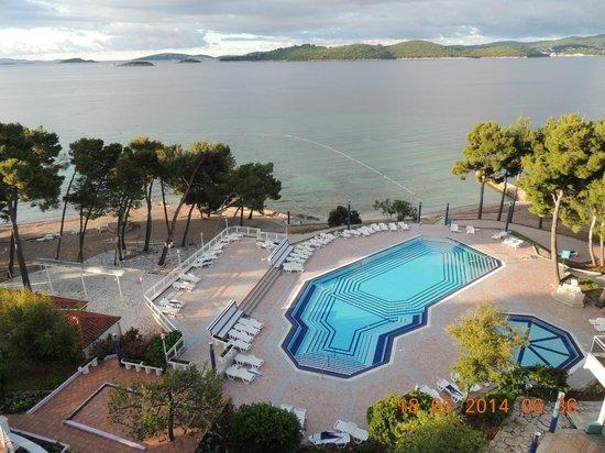 Aminess Grand Azur Hotel: Grand, Orebic, Croatia - view from room 408