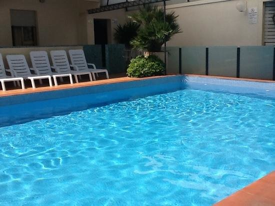Ardea Hotel : piscina