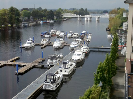 Radisson Blu Hotel, Athlone : View of the Shannon