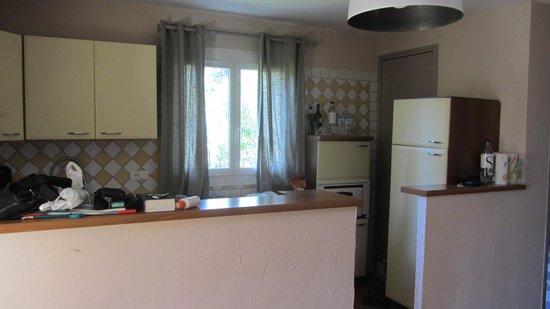 Residence Les Lauriers Roses: la cuisine