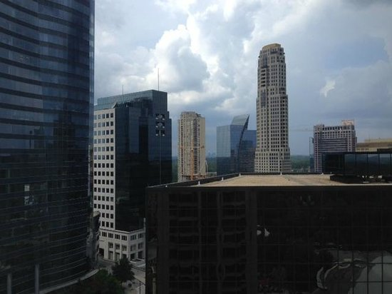 InterContinental Buckhead Atlanta: View from hotel room