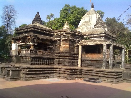 Jaigad Fort : kasba villge old shiva temple is really good to visit
