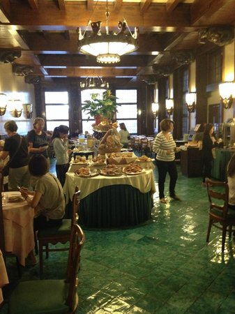 Bettoja Atlantico Hotel : Free breakfast buffet in adjoining Bettoja Mediterraneo