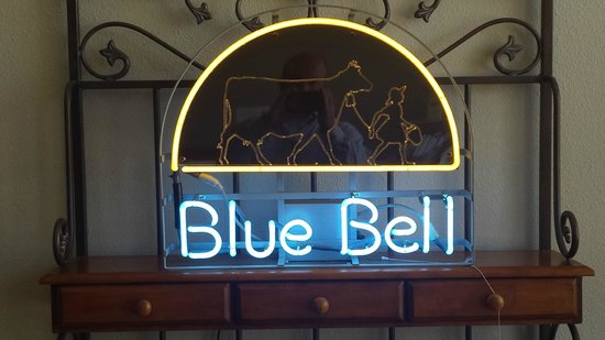 Blue Bell Ice Creamery: Blue Bell!