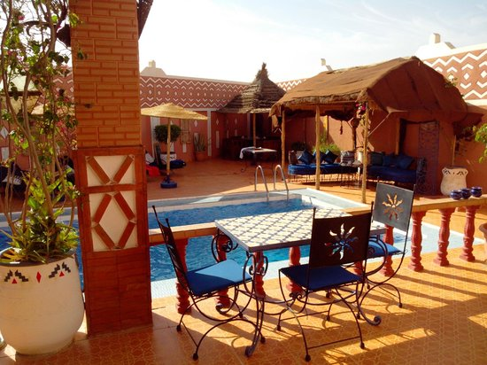 Le Petit Riad: Vue de la piscine