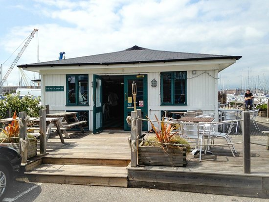 The Boat House Cafe Gosport Marina: The Boat House Cafe
