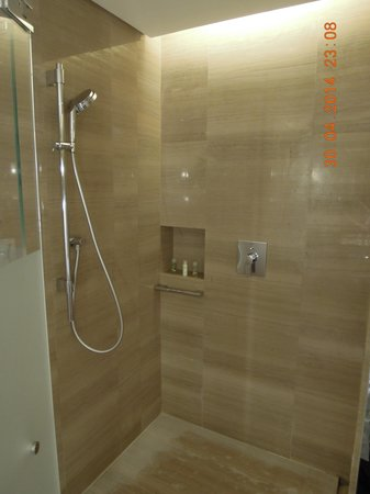 The Westin Xiamen: Shower