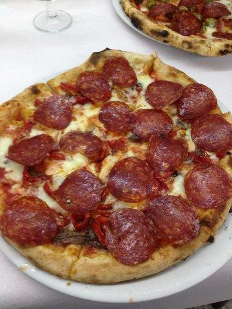 Restaurant Michelangelo: Pizza super!!