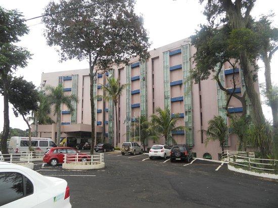 Falls Galli Hotel: Frente do Hotel