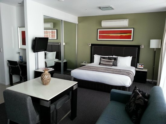 Meriton Suites Campbell Street, Sydney: HEAVENLY BED
