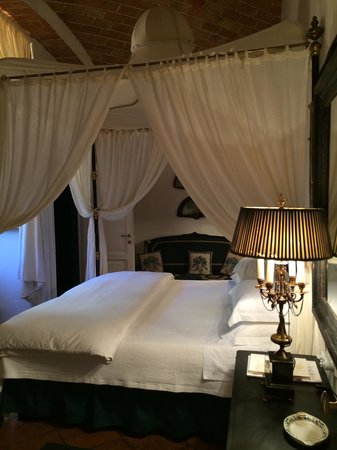 Relais La Suvera : Lovely Bedroom of our Farmhouse Suite...