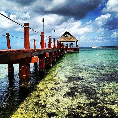 Secrets Aura Cozumel: View of the dock