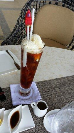 Samabe Bali Suites & Villas: Food