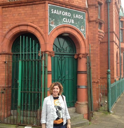 Manchester Music Tours: The Salfor Lads Club