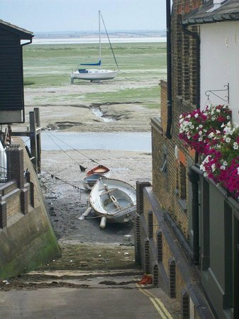 A view of Old Leigh