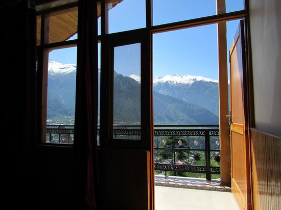 Pause at Manali: View from room