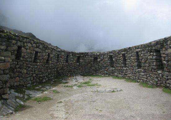 Largest room in Sayacmarca