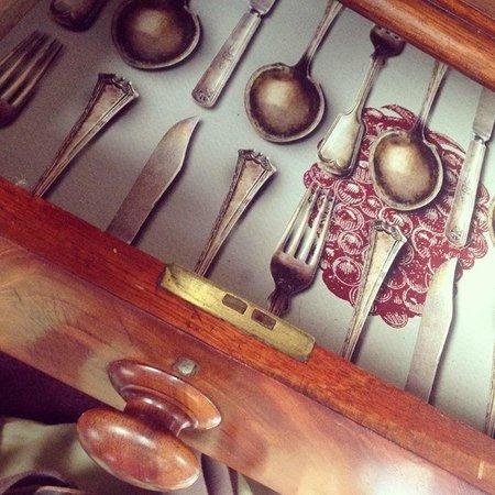 Rum Doodle Bed & Breakfast: Funky detail...