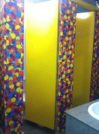 O de Casa Hostel: banheiro