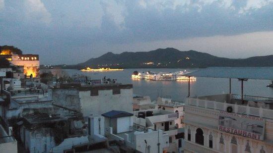 Pratap Bhawan: Rooftop at sunset