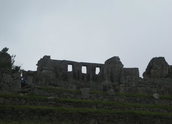 Temple of the Three Windows: too lazy to walk up to it