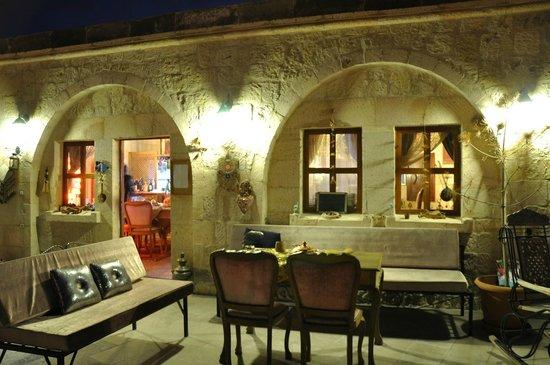 Cave Art Cappadocia: teras