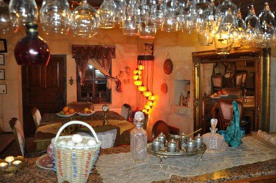 Cave Art Cappadocia: bar restorant