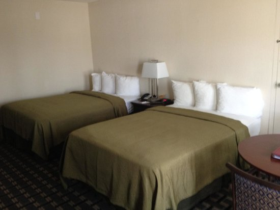 Quality Inn & Suites Sebring : New Beds & Linen