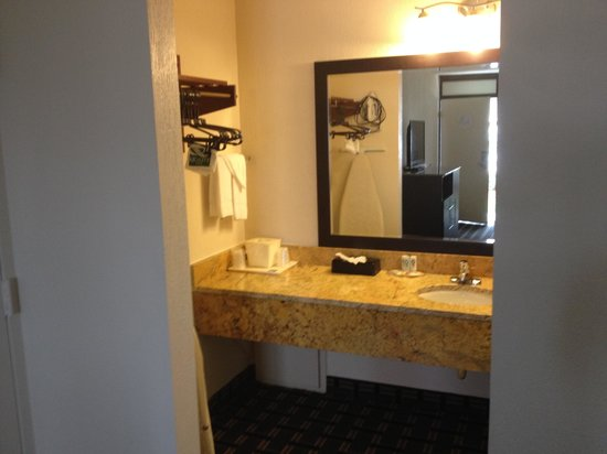 Quality Inn & Suites Sebring : New Vanity