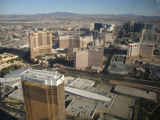 Sundance Helicopters : Vegas