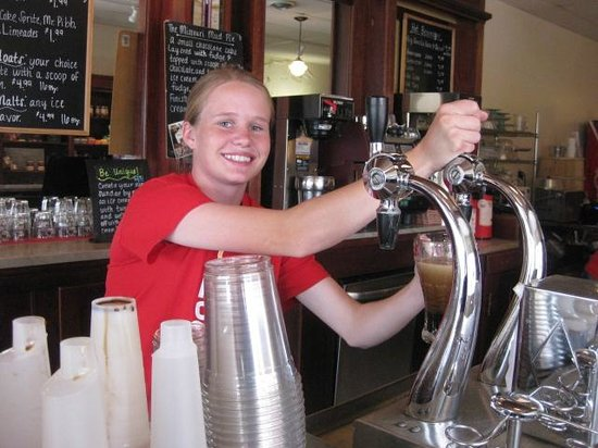 """Clinton's Soda Fountain: Amanda is the """"jerk"""" and she's excellent at it."""