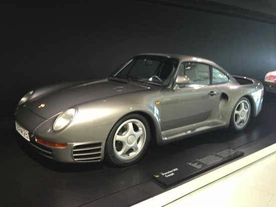 Porsche Museum : 959